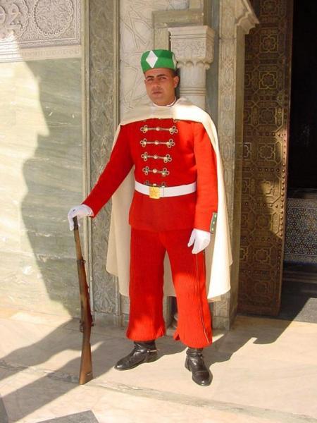 Garde royale marocaine champs élysées