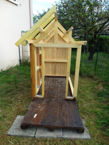 La cabane au fond du jardin 4 par levieilormeetlenfant blog castle dog - Cabane au fond du jardin zimboum villeurbanne ...