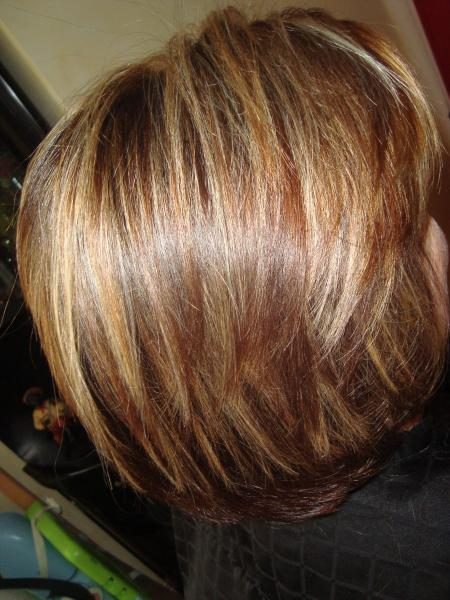 couleur marron avec quelques meches blonde coupe brush par sandiecoiffure blog les arcs sur argens. Black Bedroom Furniture Sets. Home Design Ideas
