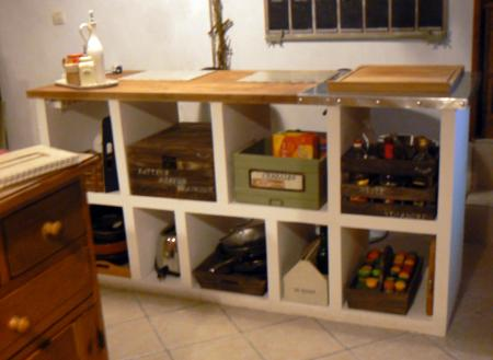 Ilot pour petite cuisine june 29 petite cuisine avec - Ilot central dans petite cuisine ...
